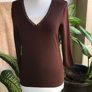 Jones New York brown top with hint of lace